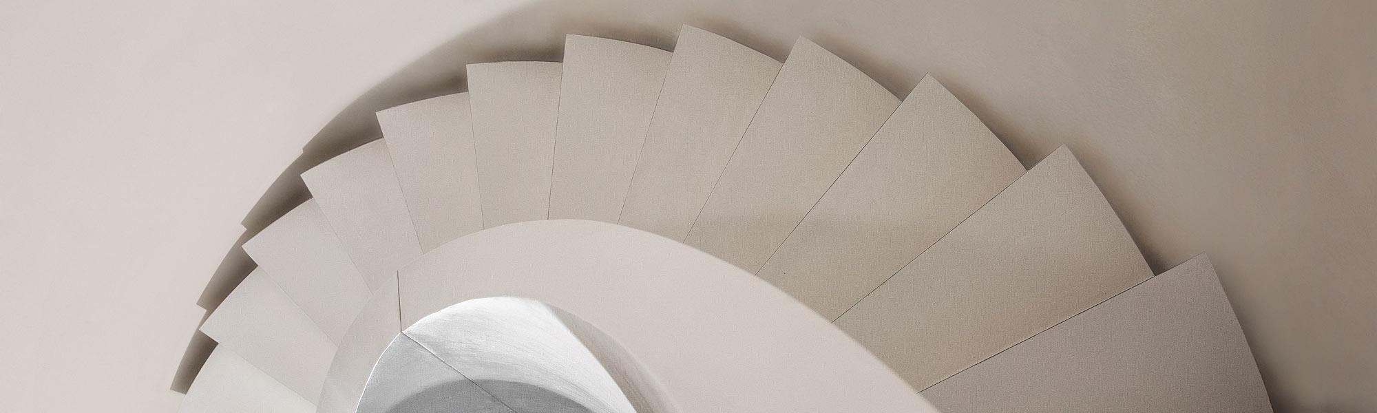 Treppenhaus-Gestaltung - FARB STUDIO Roland Brinkmann :: Der ...